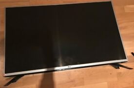 LG 43LF540V- Barely used - 200 pound