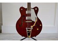 Gretsch Electromatic G5122 Electric Guitar in Walnut