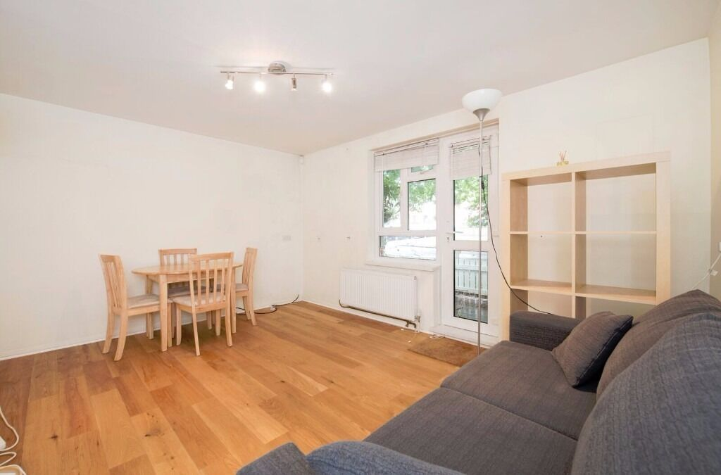 One Bedroom Ground Floor Flat to rent in Ealing West London, Garden, Parking AvailableNow furnished