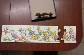 Wooden jigsaw to learn numbers 1-10