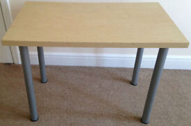 Work Desk/ Table, Very Good Condition