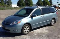 2007 Toyota Sienna LE, Heated Leather, Dual Climate, 7 Passenger