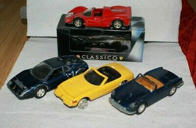 Job Lot No.17 : 4 diecast model Ferrari cars by Shell - boxed / unboxed