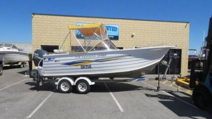 QUINTREX 570 FREEDOM SPORT BOW RIDER GOOD ALL ROUNDER LIGHT AND E