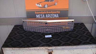 1989-1990 CADILLAC FLEETWOOD/DEVILLE FWD 60 SPECIAL GRILLE W/GOLD EMBLEM