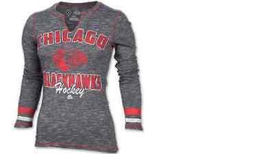 NHL Majestic Chicago Blackhawks Cross Bar Long Sleeve Shirt Womens SMALL Chicago Blackhawks Long Sleeve Shirt