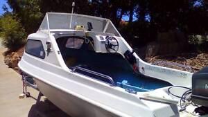 15ft Half Cabin Swiftcraft Fibreglass Boat + 50hp Motor + Trailer Ocean Shores Byron Area Preview