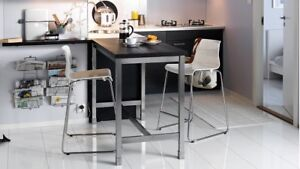 Table style bistro + 4 chaises
