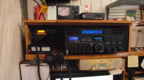 LDG  AT-200 PRO II 200 watt Auto Tuner