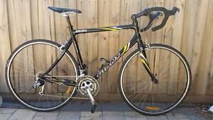 GIANT Road bike Size XL 55.5cm Keilor Downs Brimbank Area Preview