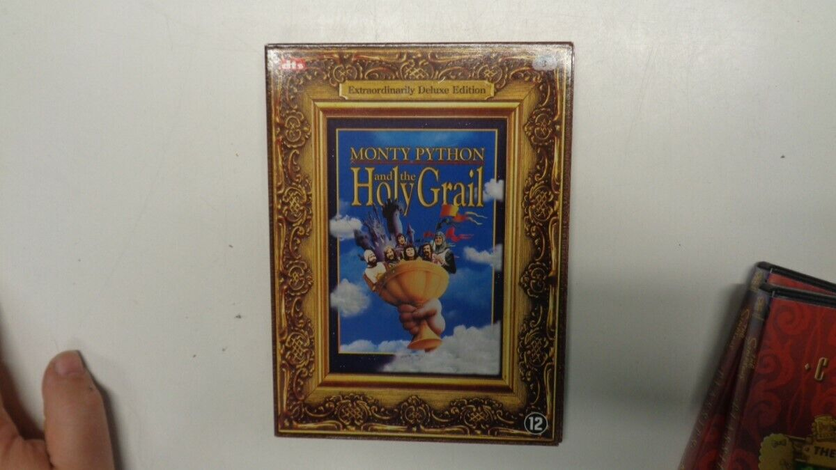monty python and the Holy Grail dvd deluxe 3DVD