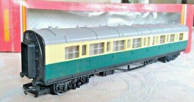 Hornby R 120, Composite Coach Passenger Train Car, OO Gauge, Used, Mint w/Box
