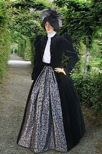 Medieval-Renaissance-Costume-Victorian-Dress-Styles-Gown