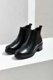 SALE Brand new Urban Outfitters Boots size 4
