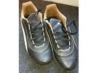 Puma King football boots (UK8)