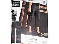 Trendy trousers - French style