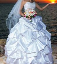 REDUCED TO $1000  size 6-8 Maggie Sotteto WEDDING DRESS Darwin NT Litchfield Area Preview
