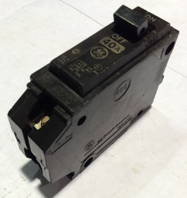 THQL1140 General Electric GE Type THQL Circuit Breaker 1 Pole 40 Amp 240V