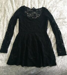 Aritzia Dilemma Lace Dress Strathcona County Edmonton Area image 1