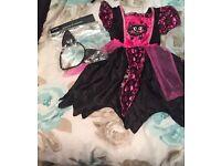 Girls halloween Cat costume age 3 to 4