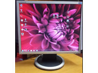 "19"" Samsung LCD monitor for PC / Laptop / CCTV SECURITY CAMERA - GREAT CONDITION - DELIVERY"