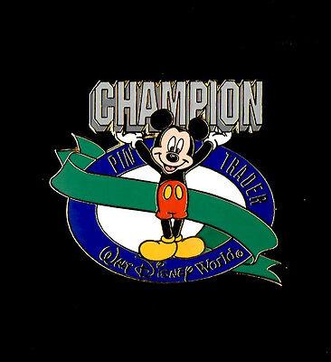 Disney Cast Member - Pin Trader Champion (Spring 2001) Pin