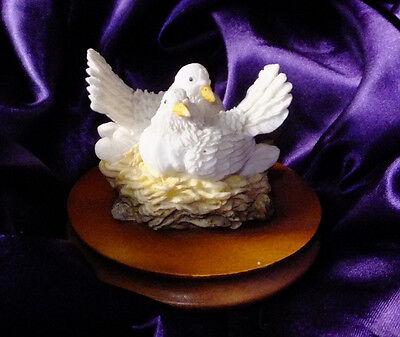 PEACEFUL DOVES Regency Fine Arts  figurine ornament