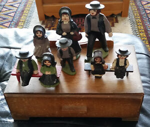 Toys Antique Cast Metal Amish Family