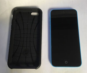 Blue iPhone 5c 16G Like new, with Spigen case