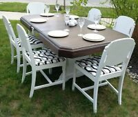 Art Deco Distressed Table with 6 Chairs