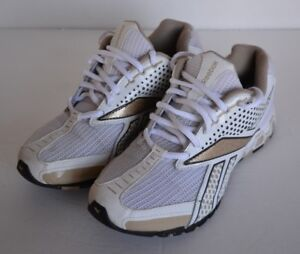 REEBOK Running Shoes  Size 7