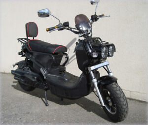 BEAT THE CARBON TAX. E-SCOOTERS FROM 999.00