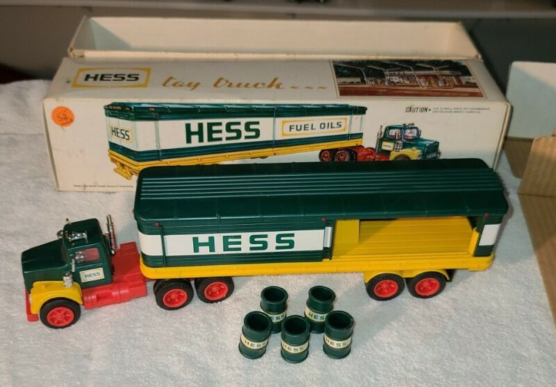 1976 Hess Barrel Truck  Vintage Collectible