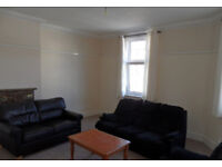 4 double bedroom fully furnished flat located on Elm Grove, Southsea, PO5 available 1st Sept