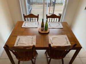 Solid wood dining set w/ 4 chairs