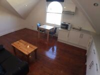 Brand new characterful compact Victorian loft studio, stripped wood floors - BILLS INCLUDED