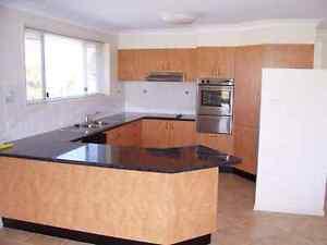Fabulous 3 bed 2 bath 2 car Coffs Harbour $450 Coffs Harbour Coffs Harbour City Preview