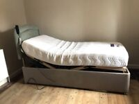 Bed, Pocketflex adjustable bed with memory foam mattress