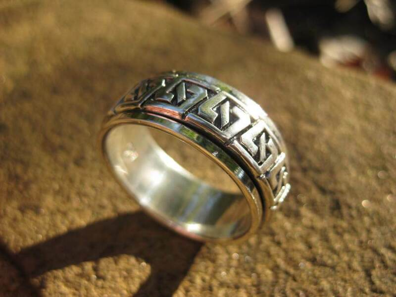 VOODOO MAGICK SHAMAN RING 925 sterling silver spin ring Metaphysical