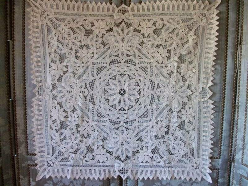 Exquisite Antique Tape Lace Table Cover