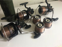 3 x Daiwa Windcast 5000 DR Fishing Reels with Spare Spools