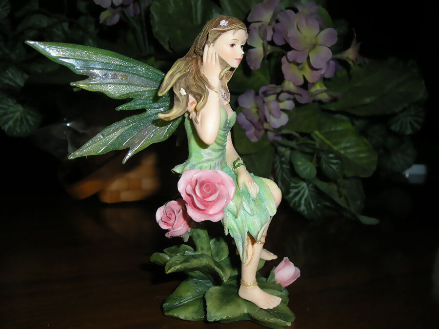 Vintage Faerie Collectables Buying Guide