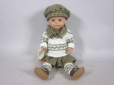 """Geschäftsaufl.:Schildkröt-Puppe""""Christel"""" (ca.41cm) mit Schottenoutfit 5G132"""