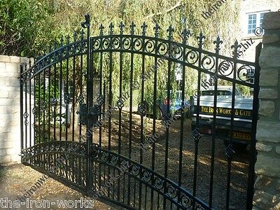 # WINDSOR HEAVY DRIVEWAY IRON ESTATE GATES 7ft TALL x 17ft W ELECTRIC AUTOMATED