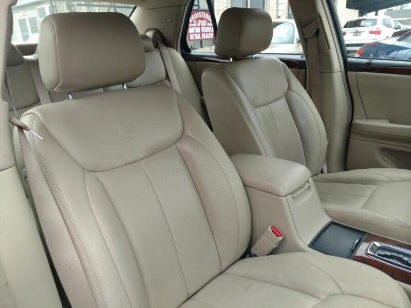 Image 12 Voiture Américaine d'occasion Cadillac DTS 2007