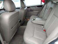 Miniature 10 Voiture Américaine d'occasion Lincoln Town Car 2007