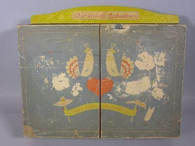 """Wunderschöner, antiker Kaufladen """"Der kleine Modeladen"""" ca. 37 x 31 cm    4T9668"""