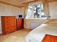Large double room to rent in a nice quite private area in Stevenage next to shepallbury park