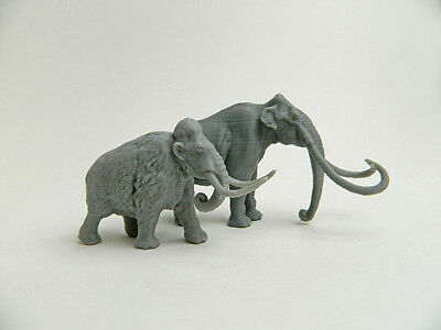 Columbian Mammoth and Woolly mammoth in same 1/64 scale 3d plastic Model Rare!!