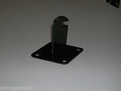 Grid Display Panel Wall Mount Gridwall Bracket Holder Black Hook Lot Of 24 New